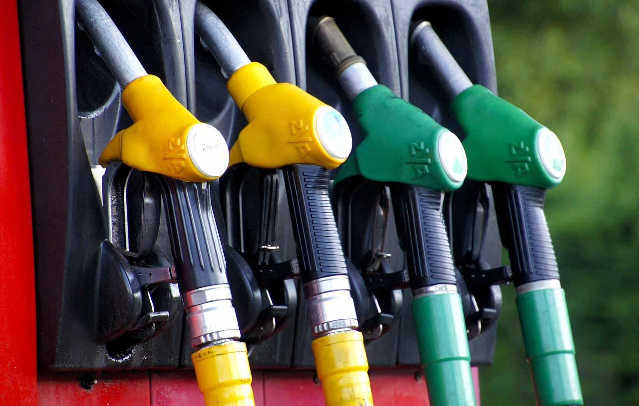 картел при горива, картел, договорка бензиностанции, цена горива, картел цена горива, споразумение цена горива,  КЗК горива, КЗК обяви, КЗК картел,КЗК картел горива